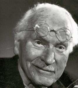 Le psychiatre suisse C.G. Jung (1875-1961) a étudié l' intuition et sa place dans la personnalité humaine à travers sa théorie des Types Psychologiques, qui a donné naissance au test du MBTI livre