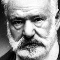 """""""C'est parce que l'intuition est mystérieuse qu'il faut l'écouter"""" Victor Hugo"""