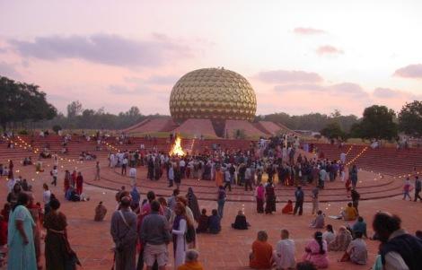 Auroville: cité utopique, citéintuitive