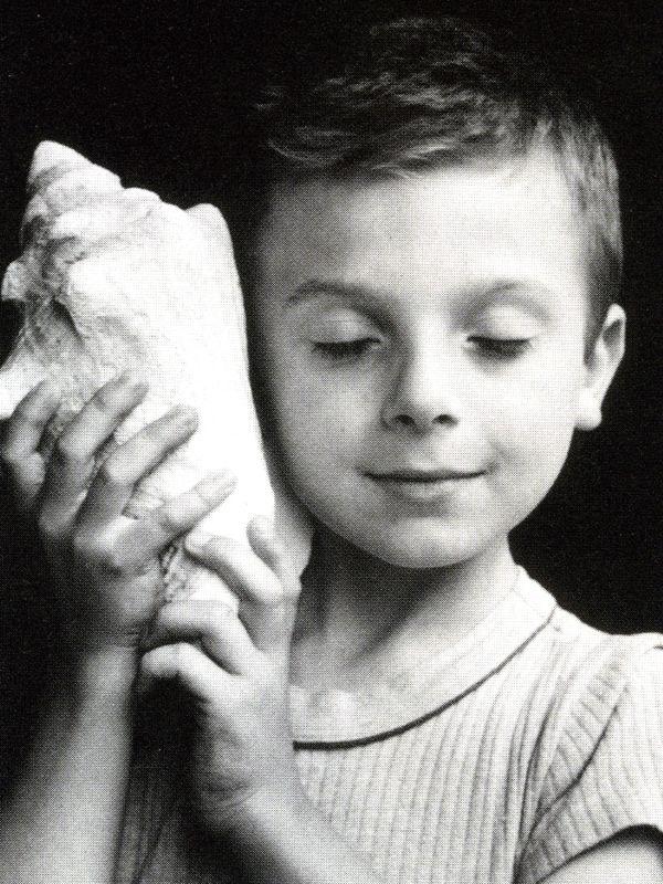 l'enfant au coquillage, Edouard Boubat